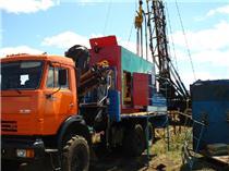 Монтаж силового вертлюга на скважине в Оренбургской области.JPG
